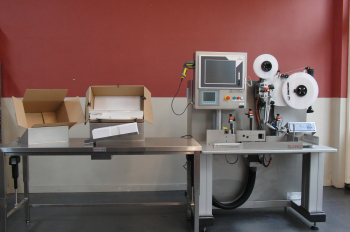 Manual serialisation table with TE applicator